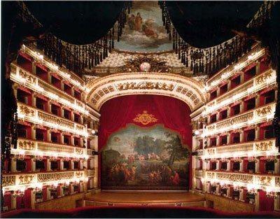 Opera obra spanish english